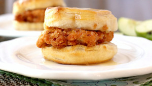Welcome Back Week: Free Chicken Biscuits @ Abbey Lane
